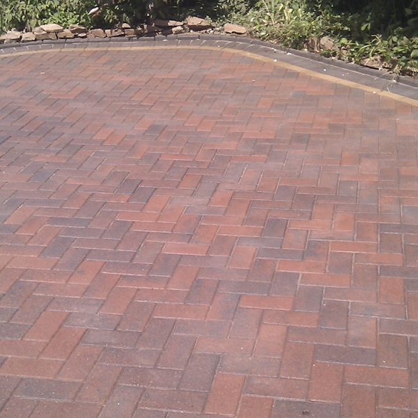 Block paving cleaning